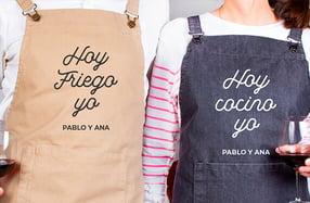 Delantales personalizados parejas, «Cocinar y fregar»