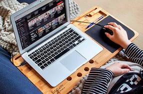 Lapzer, el soporte para ordenador de bambú
