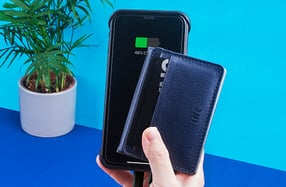 The Wallet: un tarjetero reciclado con powerbank