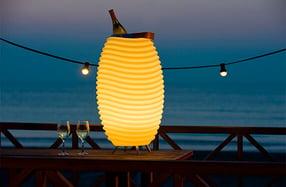 Lámpara cubitera LED con altavoz