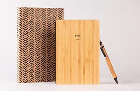 Pack Libreta + bolígrafo de bambú personalizada