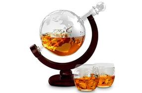 Set para licor con forma de globo terráqueo