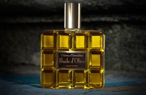 Aceite de oliva Château d'Estoublon en bote de perfume Art Decó