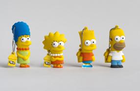 Los USB de Los Simpsons: Homer, Marge, Bart y Lisa