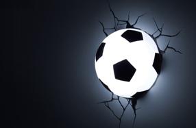 Lámpara con forma de balón de fútbol 3D