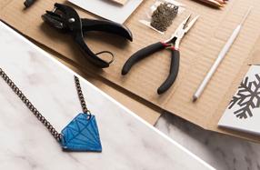 Kit para crear bisutería y accesorios mágicos