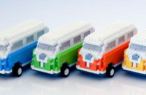 Caravana de bloques de construcción teledirigida