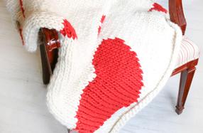 "Kit ""We are knitters"" para tejer tu propia manta de corazones"