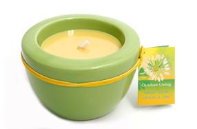"""Vela perfumada """"lima limón"""" con portavelas de cerámica verde"""