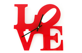 "Reloj de pared de diseño ""LOVE"""